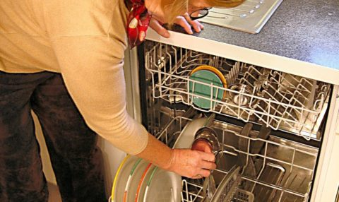 This DIY dishwasher repair wasn't as hard as I thought it would be! Here's how to fix a dishwasher that won't drain... yourself!