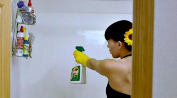 Best Household Cleaners According To Interior Designers Whose Jobs DEPEND On Clean