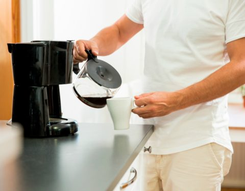 Tips for dealing with cockroaches and coffee machines