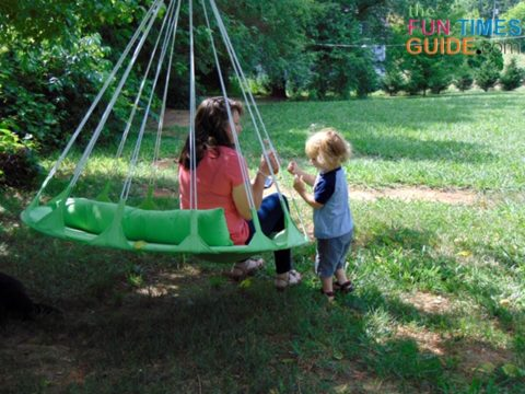 The included pillow provides back support and/or head support for 2 people on the swing at the same time.
