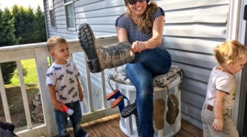 DIY Boot Rack Tips: See How To Make A Boot Rack & Bench From A Wooden Spool