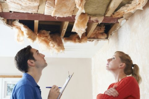To avoid buying a new house with a bad roof, here are the things you need to inspect closely.
