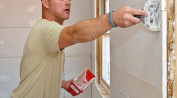 Drywall Tools 101: How To Fix Drywall With Spackle vs Joint Compound