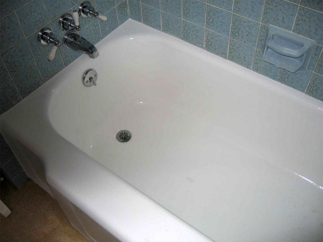 DIY Fiberglass Tub Repair Tips For Fixing A Scratched Or Cracked Bathtub Sho