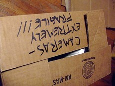 fragile-moving-box-by-madmolecule.jpg