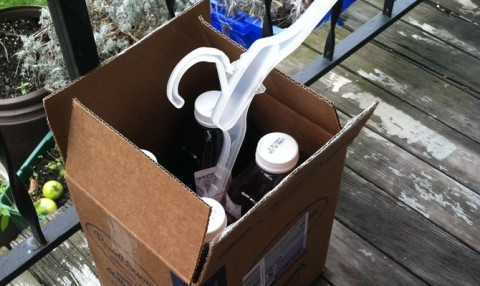 Example of a Freecycle box on the porch.