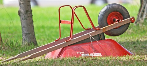 garden-wheelbarrows-by-chefranden.jpg