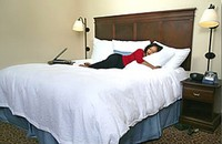 hampton-inn-bed-pillows.jpg