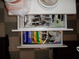 kitchen-drawers-by-Michael_lehet.jpg