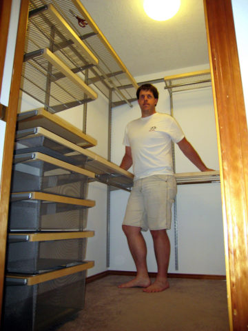 This is the closet organizer without any clothes in it. photo by Mr ...