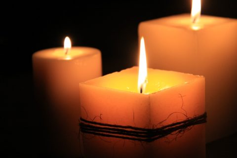Round candles burn more efficiently than square or rectangular candles.