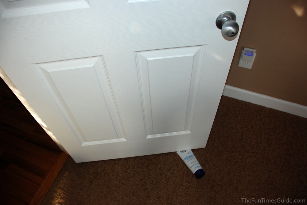 Using a tube bottle as a door stop. photo by Lynnette at TheFunTimesGuide.com & Simple DIY Door Stops You Can Make Yourself + Other Super Cool And ...