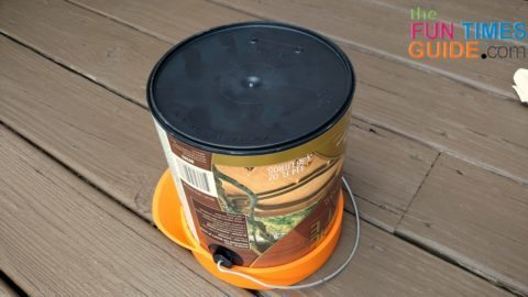 upside-down-paint-can-with-casealid