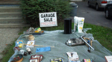Reasons To Give Away Items For FREE At Your Garage Sale + A List Of Yard Sale Freebies To Consider