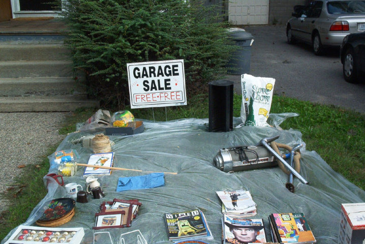 Fun Garage Thing : Reasons to give away items for free at your garage sale