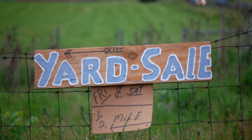 World's Longest Yard Sale On Highway 127: A Review